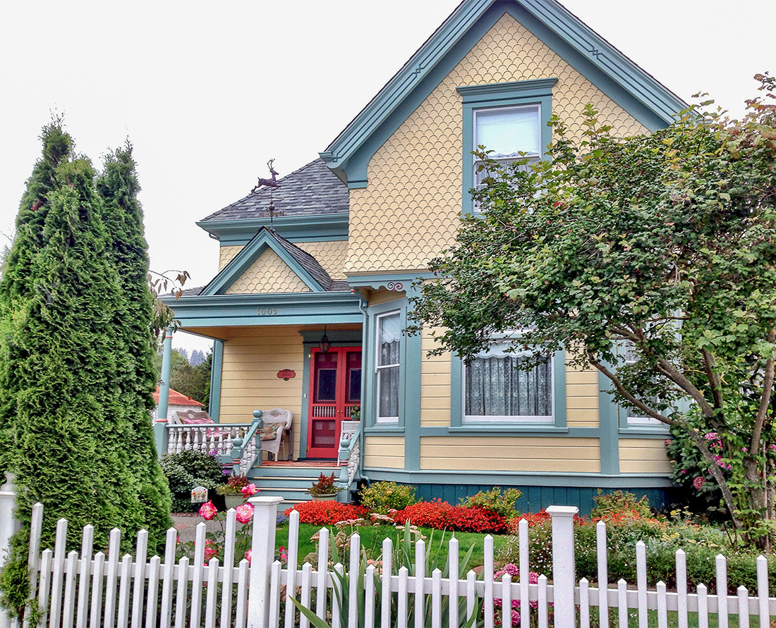Victorian Houses of Ferndale Explore dozens of colourful painted ladies in Ferndale California. These fine Victorian homes and storefronts showcase the dramatic architecture of a great historic era. Photo Credit: Wendy Nordvik-Carr©